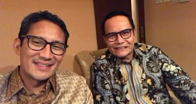 Sandiaga Uno berbincang dengan Ir. H. Havizal Rahman, Direksi PT. Askrida jakarta yang juga tokoh Kerinci.