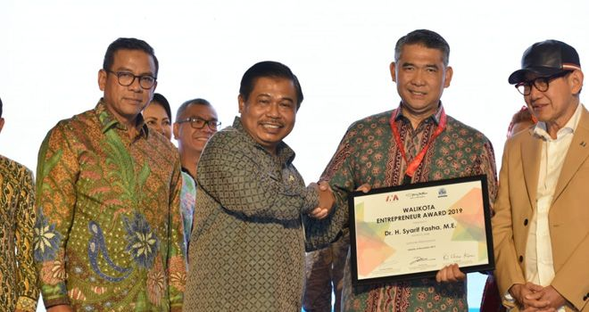 Philip Kotler Center for ASEAN Marketing Nobatkan Fasha Wali Kota Enterpreneur 2019.