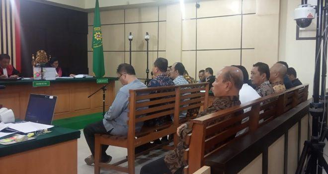 Sidang lanjutan dari perkara suap uang ketok palu RAPBD Provinsi Jambi tahun 2017-2018,Orang yang pertama kali dimintai keterangannya adalah Apif Firmansyah.