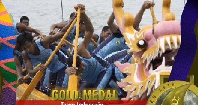Tim Perahu Naga Indonesia nomor 4-seaters 500m meraih medali emas SEA Games 2019.