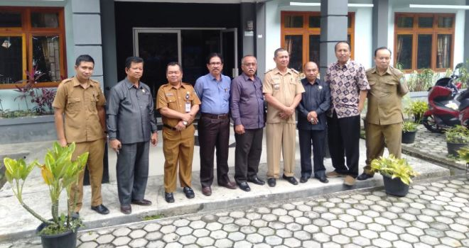 Komisi I DPRD Sungai Penuh Sambangi Kantor Camat Sungai Bungkal.