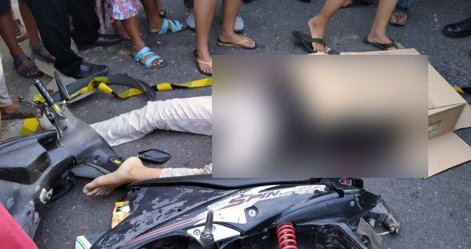 Dua remaja yang berboncengan tewas usai motor yang mereka kendarai menabrak median jalan