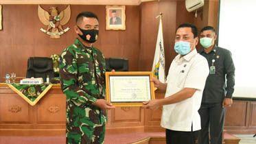 Bupati Tanjabtim Berharap Jalinan Sinergitas Tetap Terjaga Walau TMMD 108 Telah Selesai