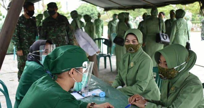 Sambut Hari Kemerdekaan RI Ke - 75, Persit KCK Jambi Gelar IVA Test Gratis