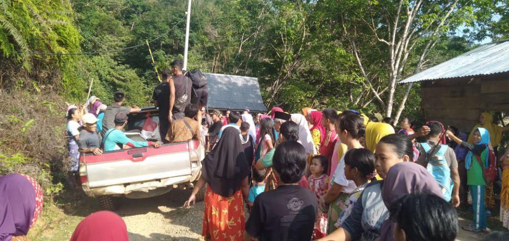 Ratusan Warga Geruduk Aktifitas PETI di Sungai Batang Sipa