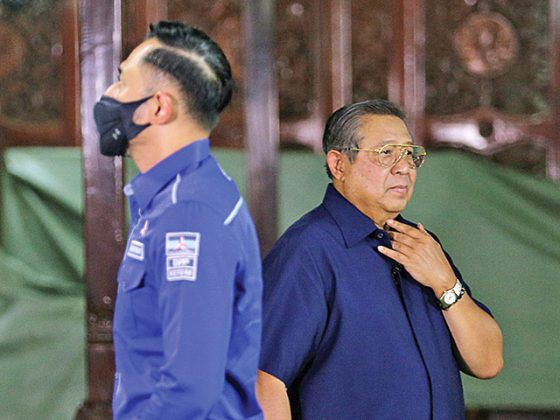 Ketua Umum Partai Demokrat Agus Harimurti Yudhoyono (AHY) dan Ketua Majelis Tinggi Partai Demokrat Susilo Bambang Yudhoyono (SBY).